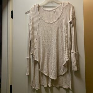 Free people- Long sleeve thin sweater top